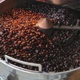 Kona Ken's Roasted Coffee beans